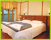 Alleppey 2bedroom Deluxe Houseboats