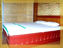 7 Bedroom A/C Large Conference Hall Houseboats in kerala